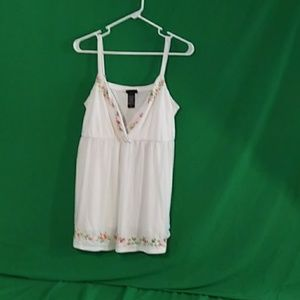 Torrid 2x white embroidered baby doll cami